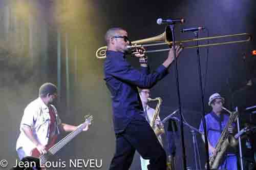 Trombone Shorty band avec Troy Andrews